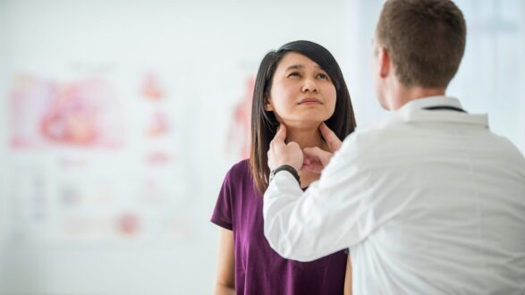 Thyromegaly (Enlarged Thyroid) Symptoms, Causes, Treatment