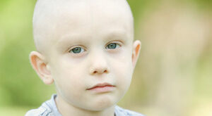 Childhood-leukemia-sign-and-symptoms